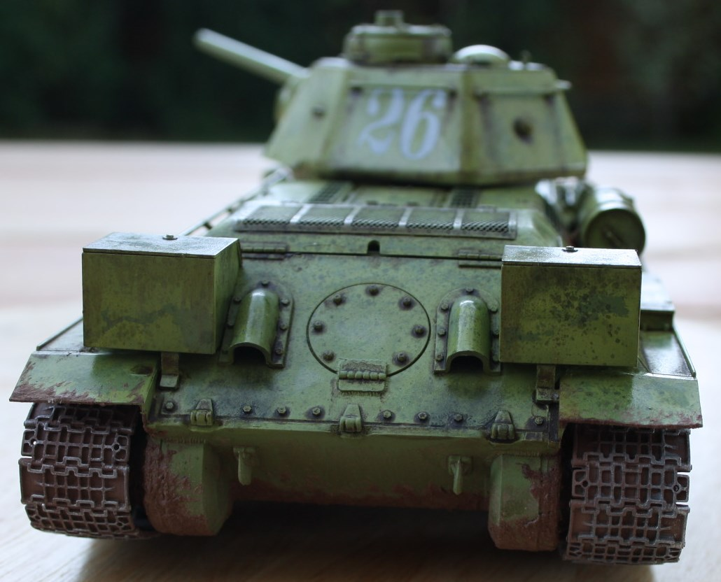 T-34 / 76  tourelle hexagonale  - Page 2 Img_1534