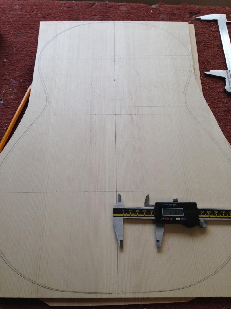 construction d une guitare blanca 00410