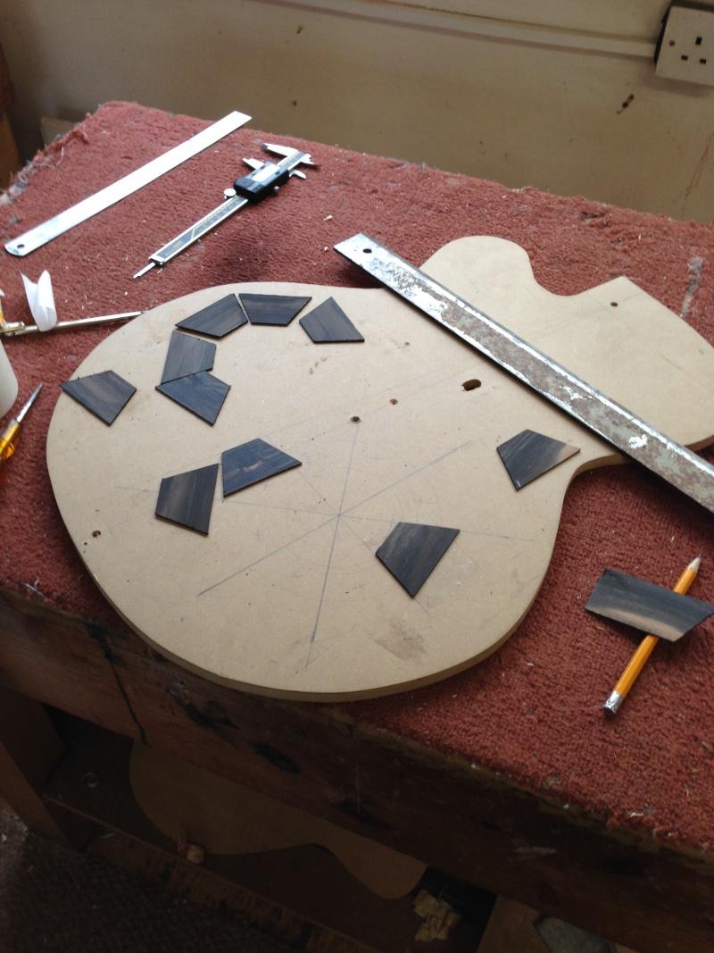 construction d une guitare blanca 01410
