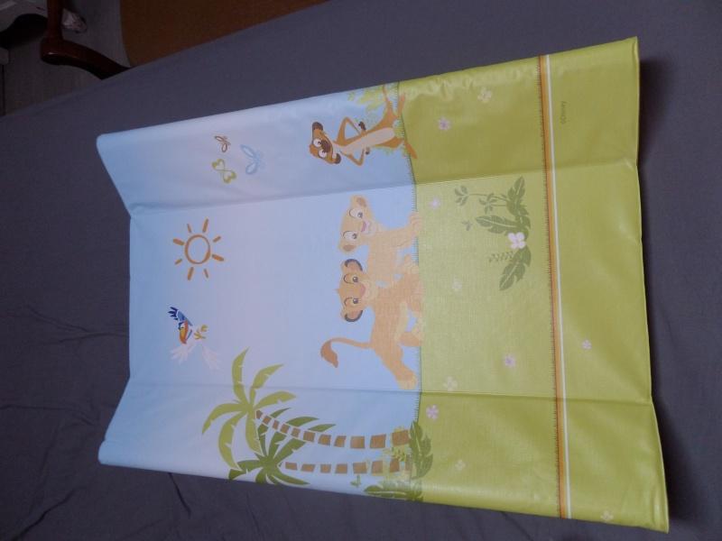 Arrivée de bébé dans le monde de Disney (déco chambre, faire part, idées baptême, vêtements ...) Sam_0627