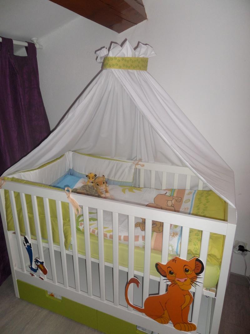 Arrivée de bébé dans le monde de Disney (déco chambre, faire part, idées baptême, vêtements ...) Sam_0710