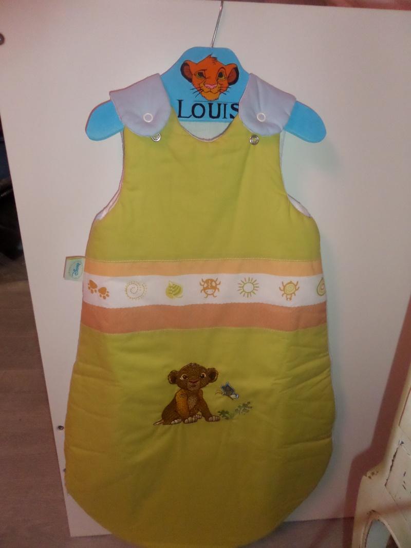 Arrivée de bébé dans le monde de Disney (déco chambre, faire part, idées baptême, vêtements ...) Sam_0711