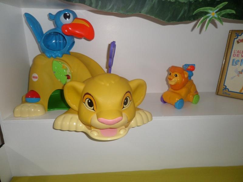 Arrivée de bébé dans le monde de Disney (déco chambre, faire part, idées baptême, vêtements ...) Sam_0714