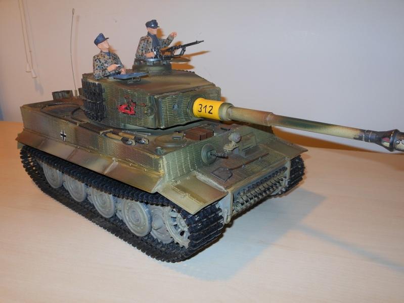 Tiger I/KV upper/Pz III Upper For Sale Dscn1013