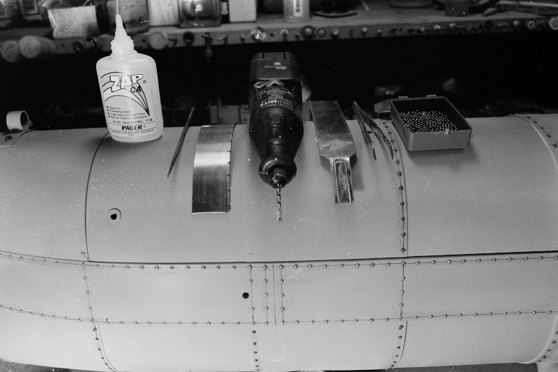 Rivets, rivets ... rivets! Pict0037