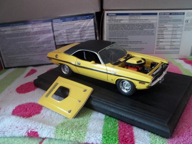 1970 Dodge Challenger R/T AMT 1:25 01711