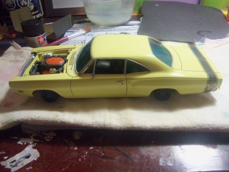 Monogram '69 Super Bee en restoration 04210