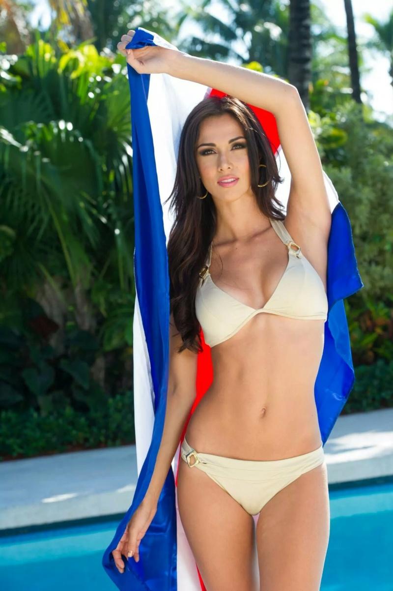 Miss Gécée- Concours de beauté internationale - Page 4 402-1710