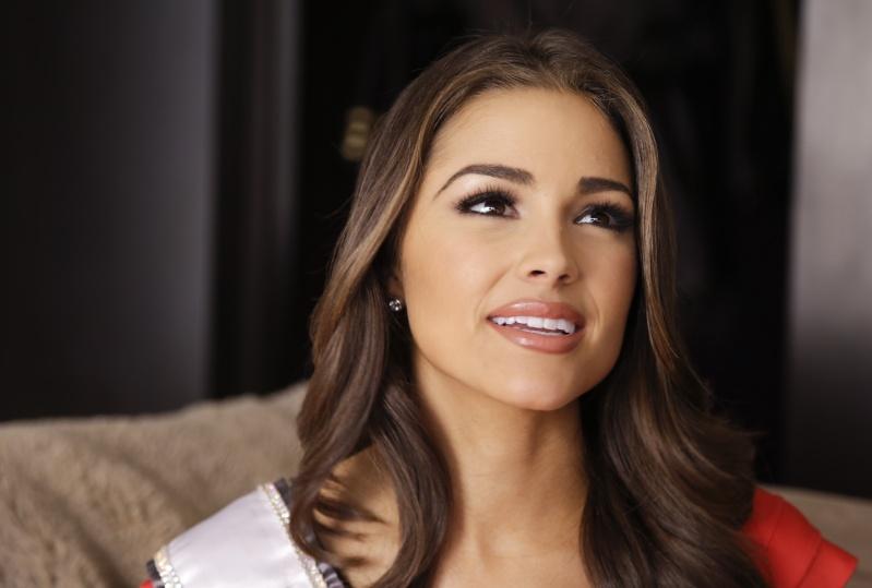 Miss Gécée- Concours de beauté internationale - Page 4 Paulin10