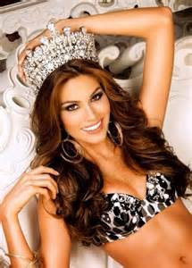 Miss Gécée- Concours de beauté internationale - Page 6 Th6s4o10