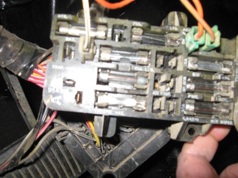 Problème électrique ( câblage) jeep cj7 Img_0319