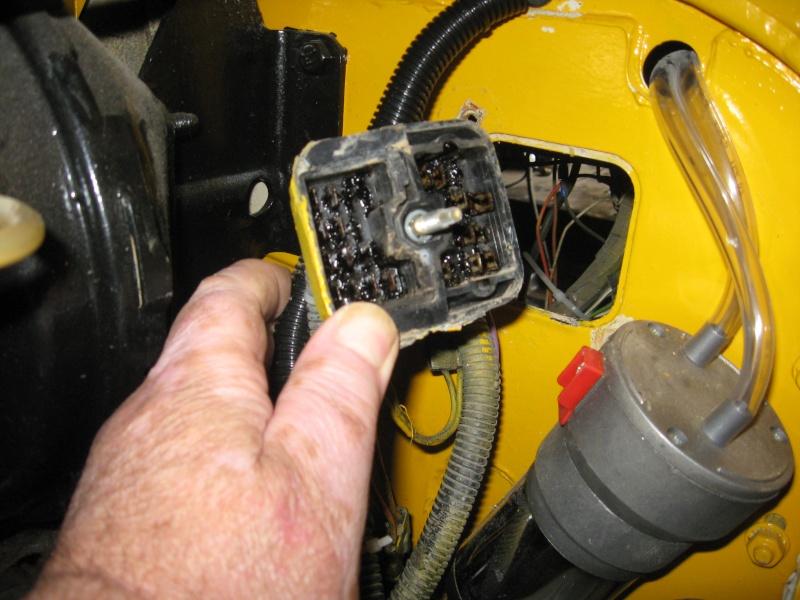 Problème électrique ( câblage) jeep cj7 Img_0323