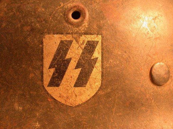 postez vos articles Waffen-SS - Page 3 Casq310