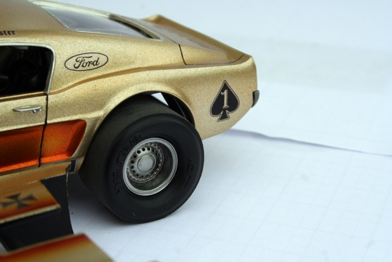 """' 68 Ford Mustang Pro Street """"Ace Of Spades"""" (MPC) [Terminée] - Page 6 1110"""