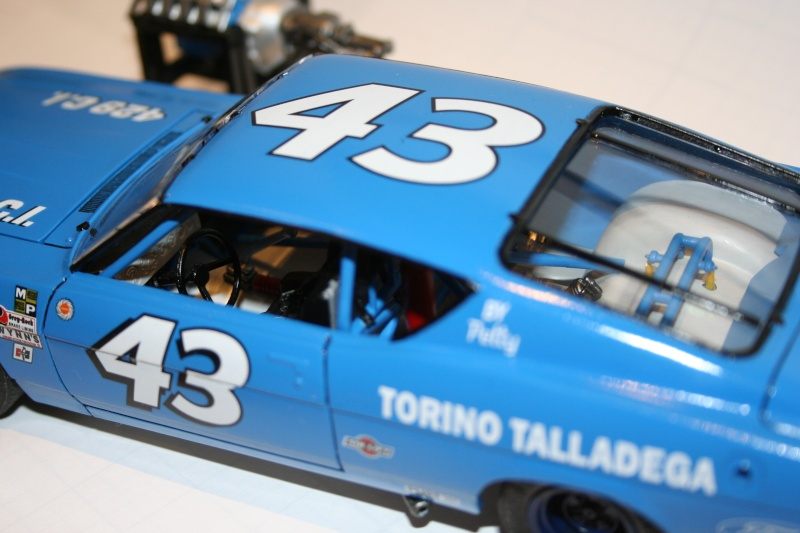 "'69 Ford Torino Talladega ""Richard Petty"" (Polar lights) [Terminée] - Page 3 510"