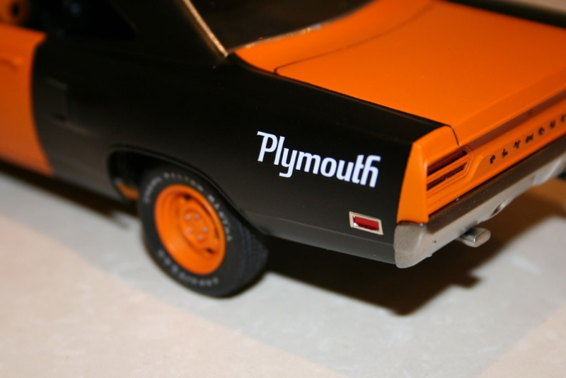 """'70 Plymouth Roadrunner """"Don't Free Wile E."""" (Monogram) [Terminée] 512"""