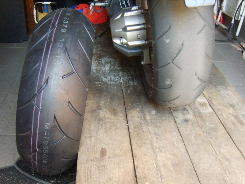 Paraffine sur un pneu neuf S8301410