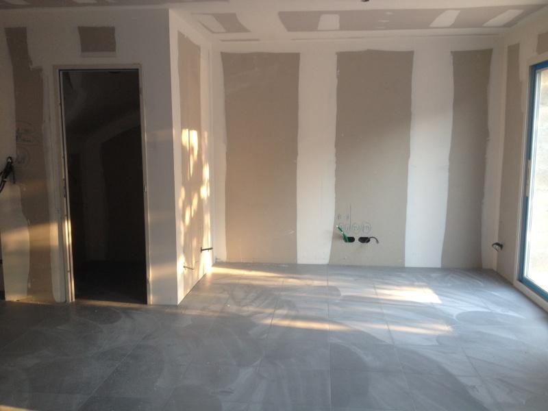 Peinture et meubles salon! 0610