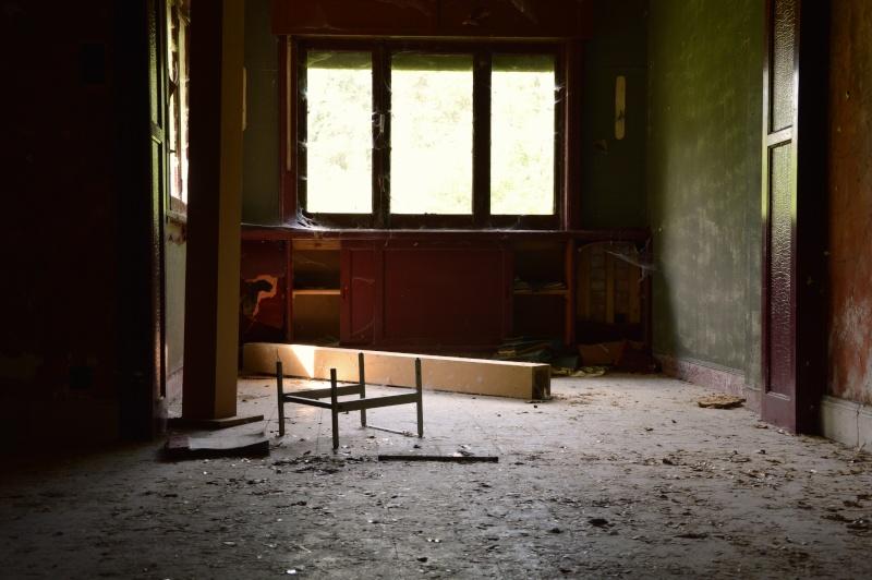 """Arnaud323 """"La maison de l'encadreur""""  URBEX Csc_0410"""