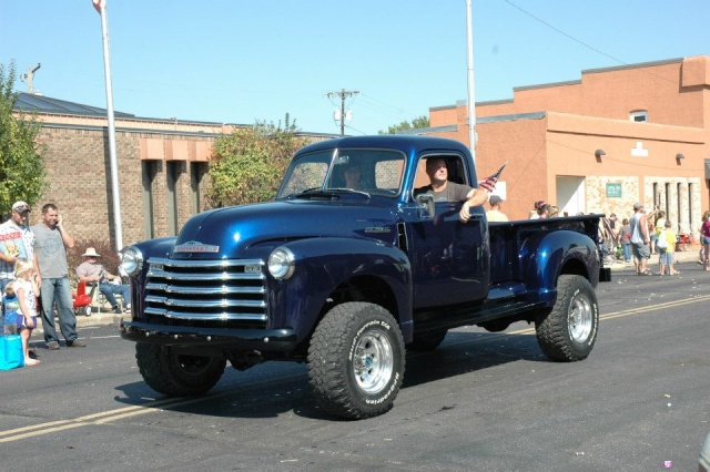 Chris Customs. Chevy Truck 1950 - Page 2 Yzis810