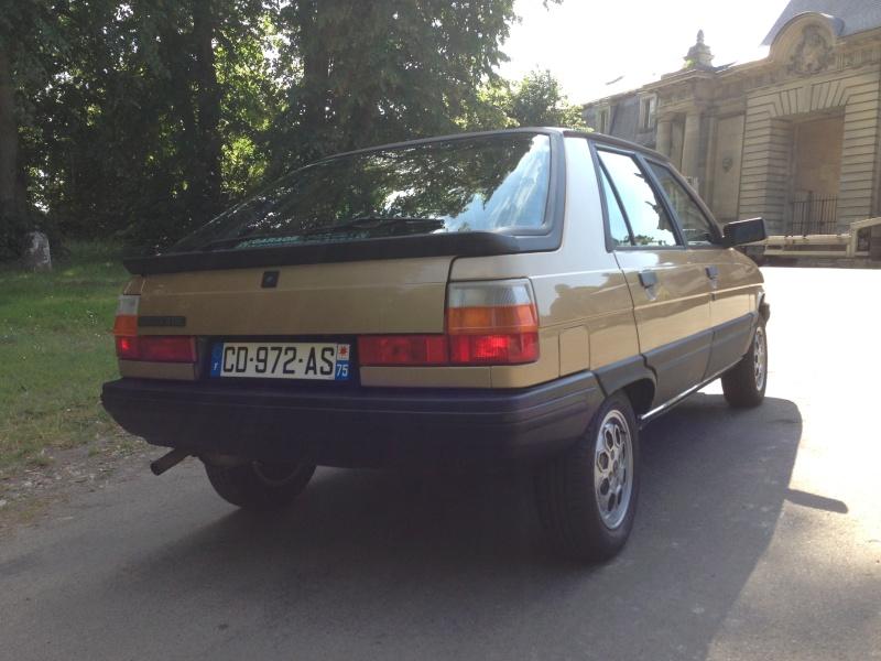 R11 TSE 1984 de SimonP 06110