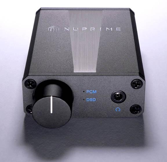 NuPrime uDSD -portable DAC. Decodes 24-bit PCM384 & native DSD256 files. Udsd111
