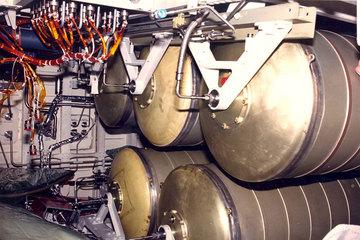 Récupération des réservoirs d'Endeavour pour une utilisation sur ISS 1101