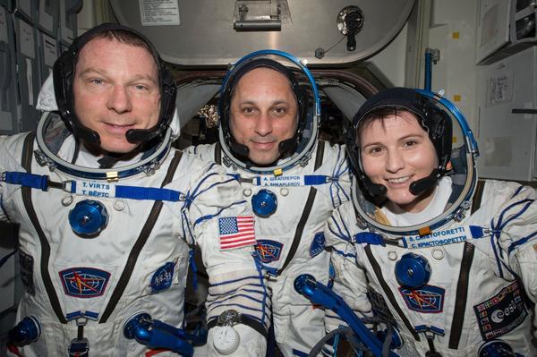 """[ISS] Expédition 43 """"Déroulement de la mission"""" - Page 3 119"""