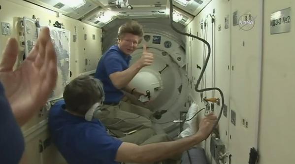 """[ISS] Expédition 43 """"Déroulement de la mission"""" - Page 4 310"""