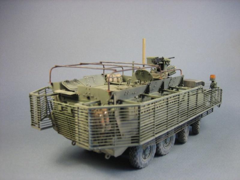 "[Revell 1/72 + scratch] Humvee ""Irak war"" et son convoi.... 40751810"