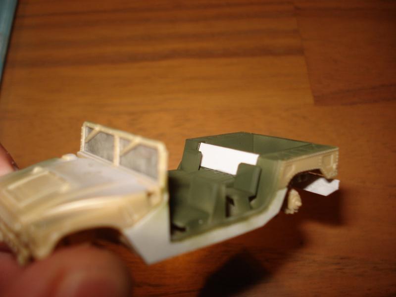 "[Revell 1/72 + scratch] Humvee ""Irak war"" et son convoi.... Dsc00017"