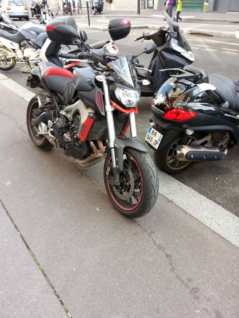 MT 09 MOTO CAGE : Mat Grey noire et rouge ;-) - Page 2 Mt_bec10