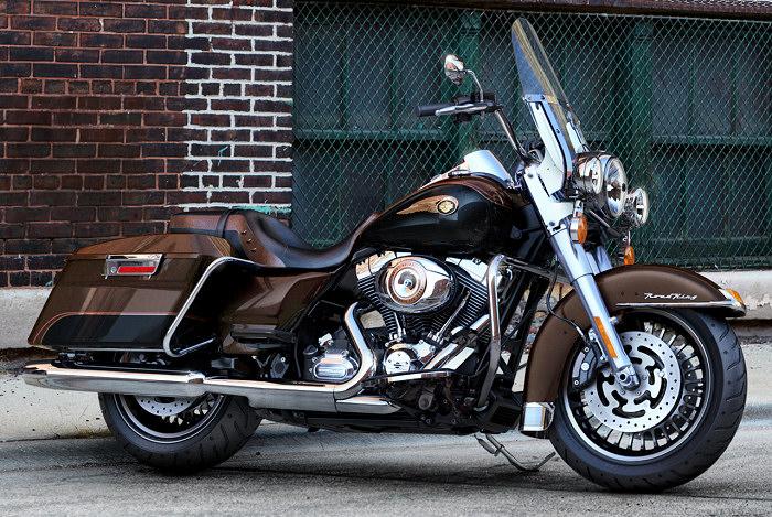 Road King (version de base US pas importé en France) Harley11