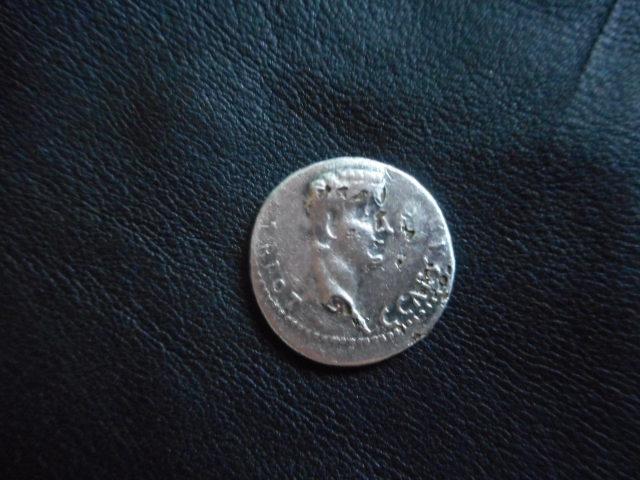 Denier de Caligula et Auguste Dscn0613