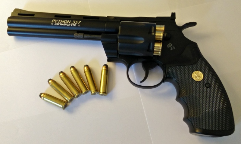 UMAREX COLT PYTHON .357 - Page 7 Colt_p10