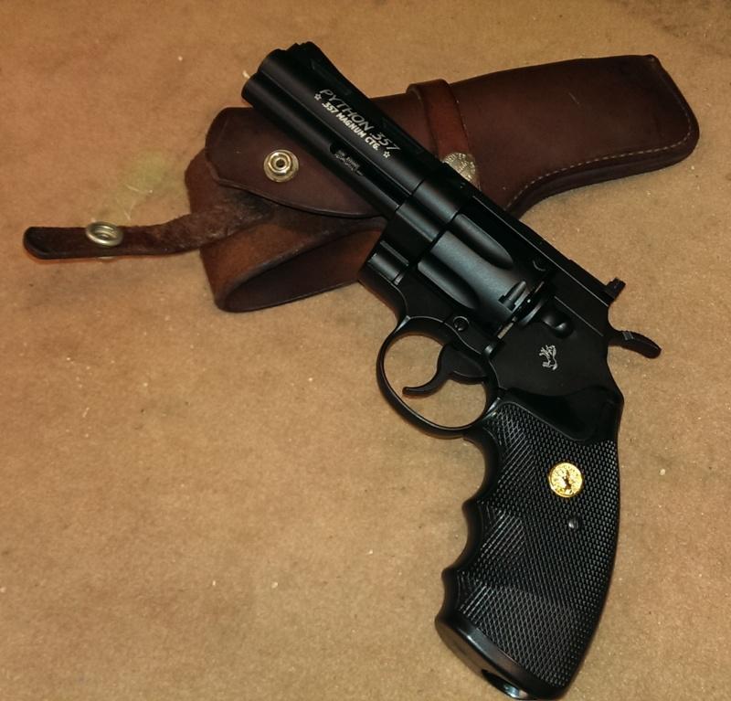UMAREX COLT PYTHON .357 - Page 7 Colt_p12