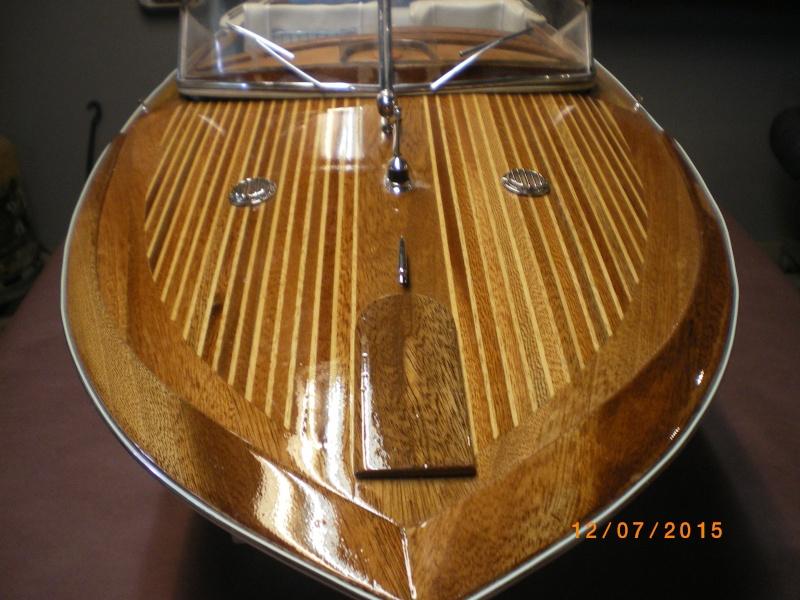 Riva Aquarama Special navigant (plan 1/7°) de laroche jacques - Page 17 Imgp0829