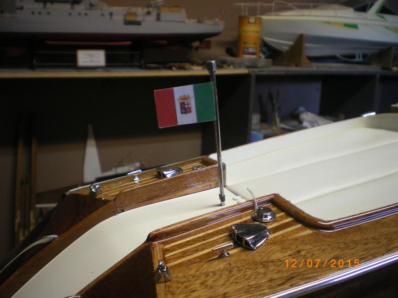 Riva Aquarama Special navigant (plan 1/7°) de laroche jacques - Page 17 Imgp0833