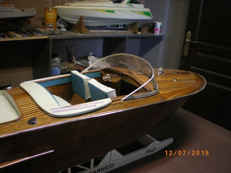 Riva Aquarama Special navigant (plan 1/7°) de laroche jacques - Page 17 Imgp0835