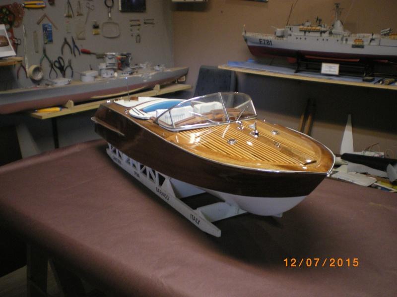 Riva Aquarama Special navigant (plan 1/7°) de laroche jacques - Page 17 Imgp0836