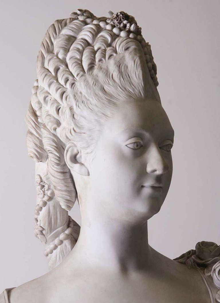 Buste de Mme Adélaïde, de Mme Clotilde, ou d'une inconnue (mais non pas de Marie-Antoinette) par Vavasseur ?  Bv_00210