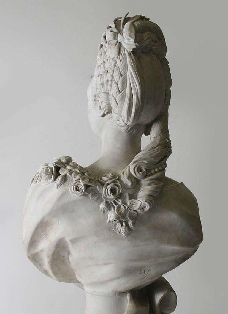 Buste de Mme Adélaïde, de Mme Clotilde, ou d'une inconnue (mais non pas de Marie-Antoinette) par Vavasseur ?  Bv_00212
