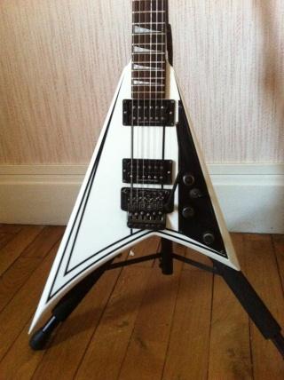 Cote des guitares Jackson/Charvel - Page 4 11807510