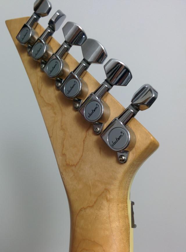 Cote des guitares Jackson/Charvel - Page 7 Img_2017