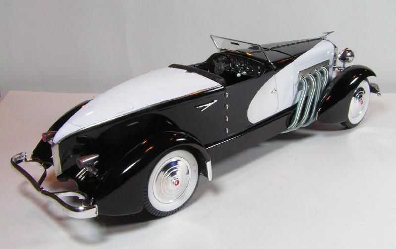 Large Scale Automotive Build   Duesie71