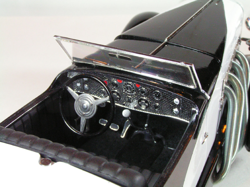 Large Scale Automotive Build   Duesie72