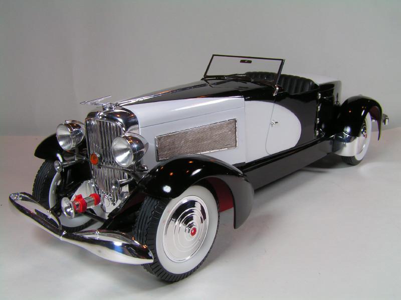 Large Scale Automotive Build   Duesie74