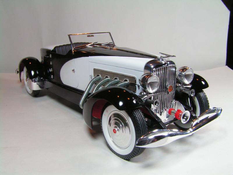 Large Scale Automotive Build   Duesie76