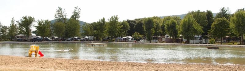 Camping Oasis (Ste-Cécile de Milton) Lac110