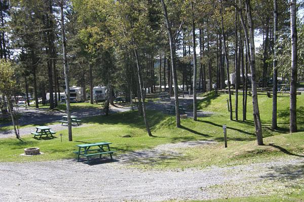 Camping la Roche d'Or (Notre dame des pins) Ror1010
